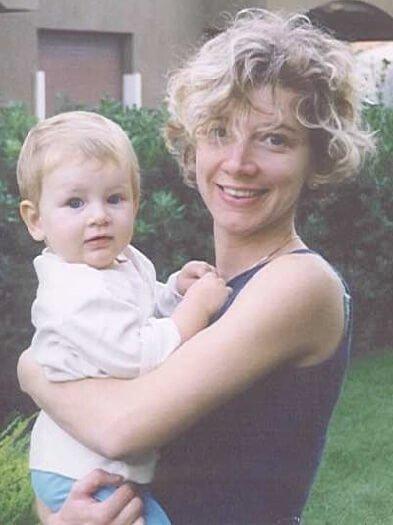 2001 Margherita E Micol In Liguria