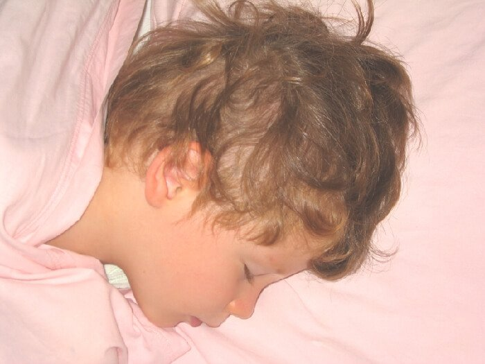 2005 Mia dorme