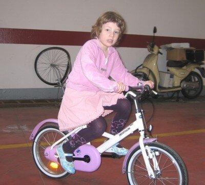 2006 Micol in bici senza rotelle
