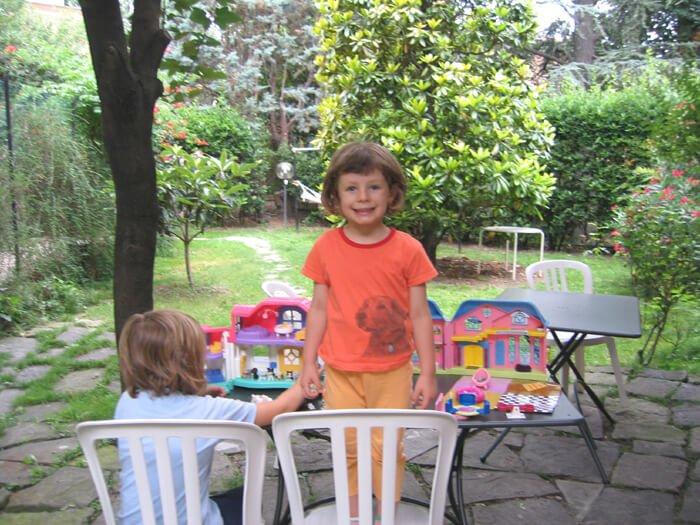 2007 giochi in giardino
