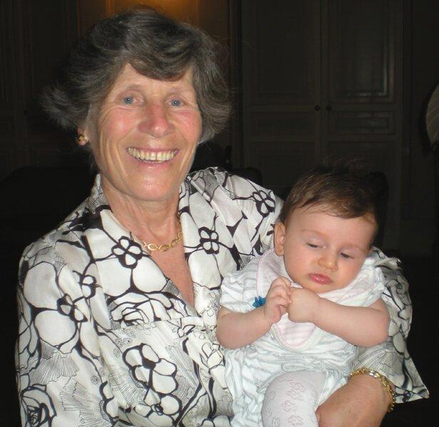 2008 Maia con la nonna