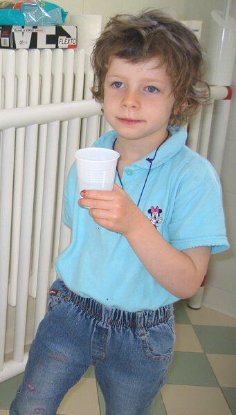 2008 Mia in bagno a scuola