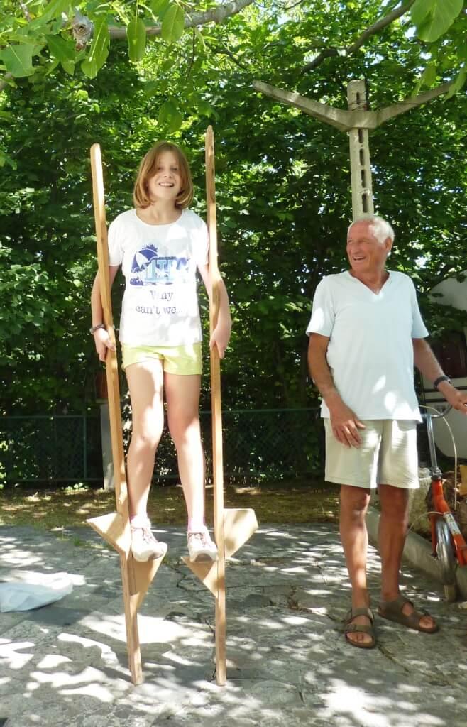 2010 Micol sui trampoli