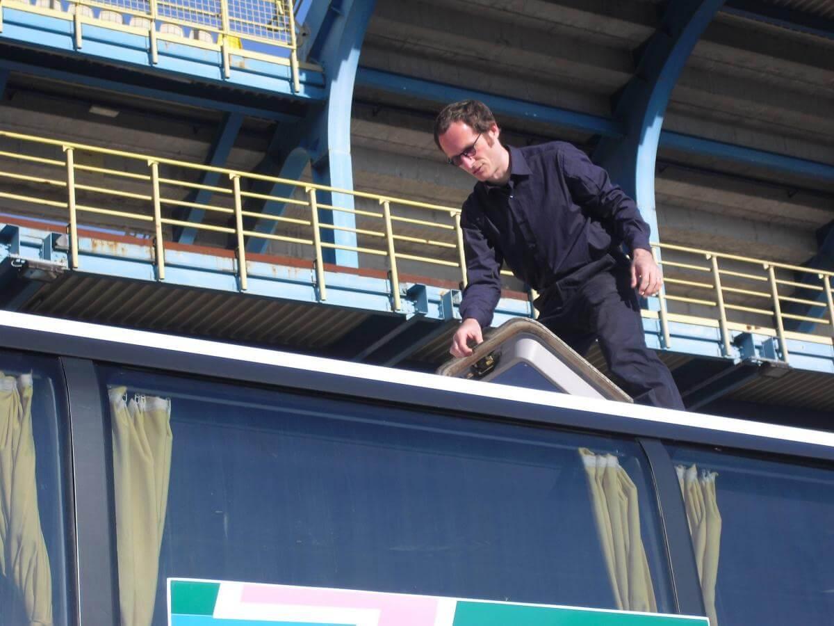 2011 Massimo sul tetto del pullman