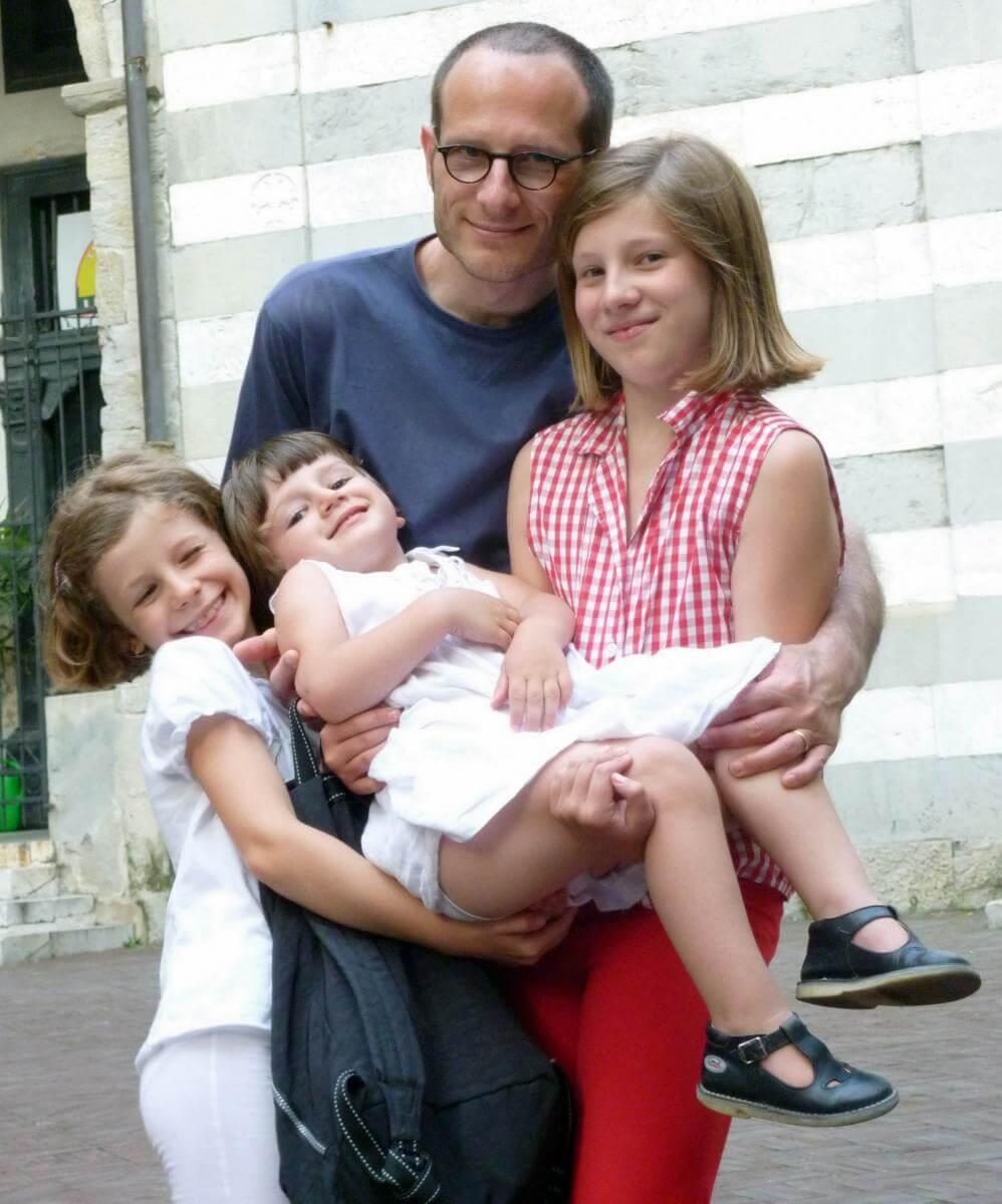 2011 le 3 bimbe con il papà